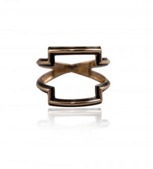 Macchu pichu black enamel ring