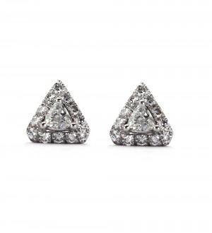 Pyramid diamond studs